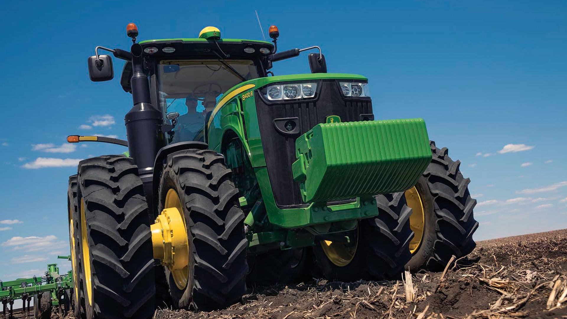 row-crop-hero-r4g014690